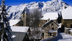 yoga ski holiday, yoga holidays france, meditation retreat